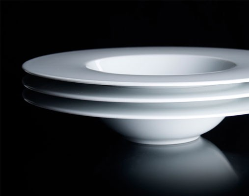 Porcelain for Hotels and Gifts